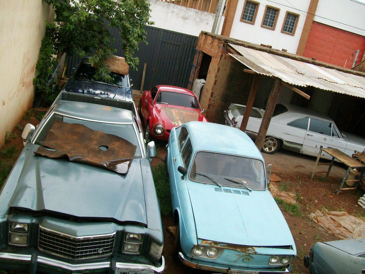 pedro-antiques Ford Ranchero e outros