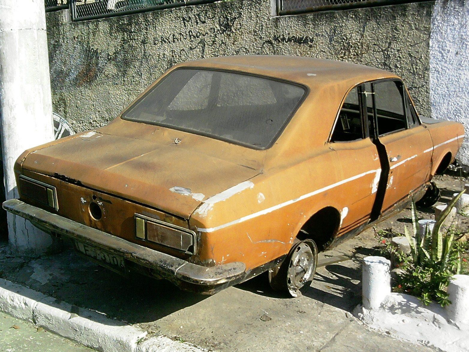 erick-corcel-73-colegio-rio-2 Ford Corcel
