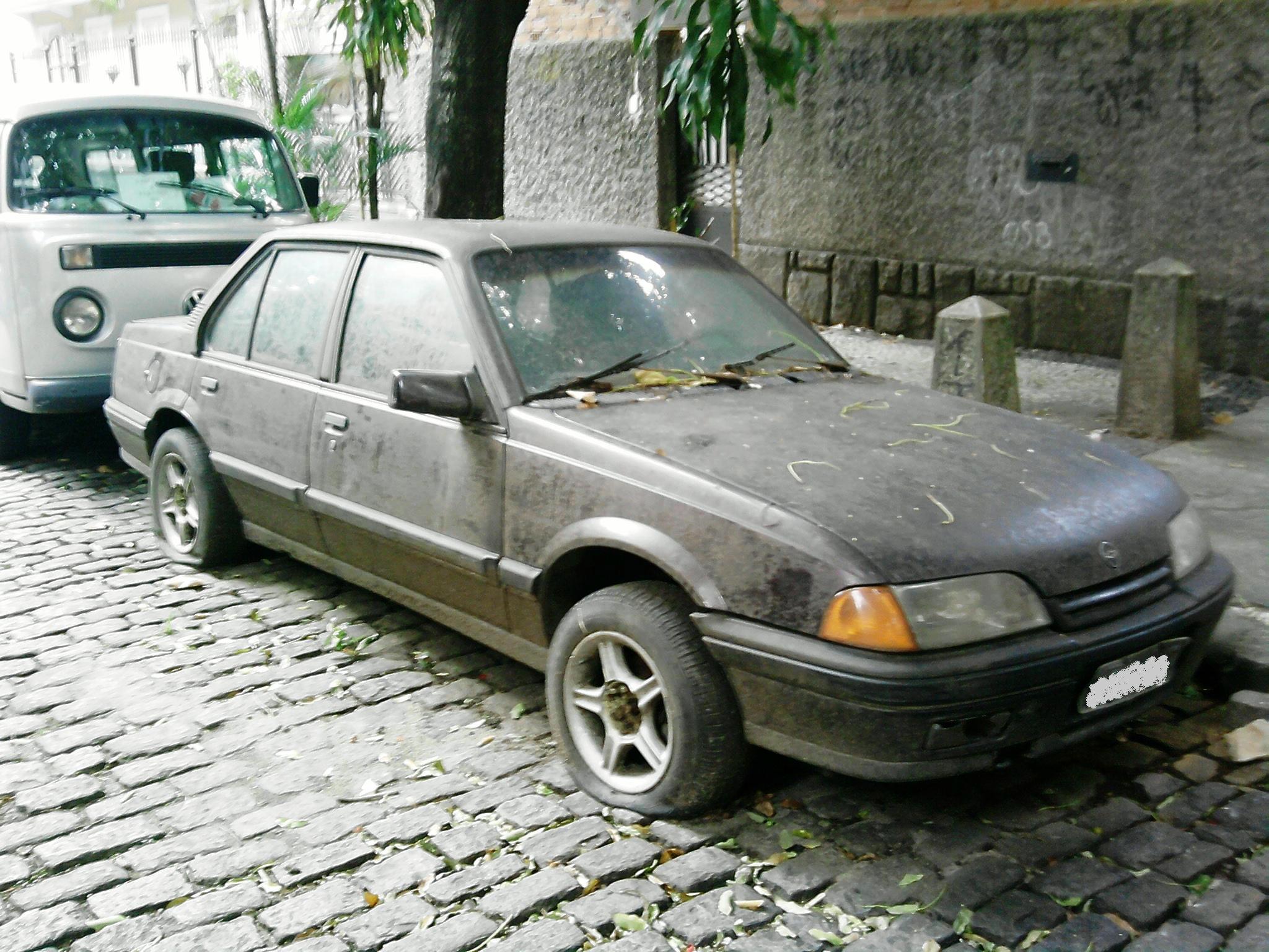 uerik-monza-rj Chevrolet Monza