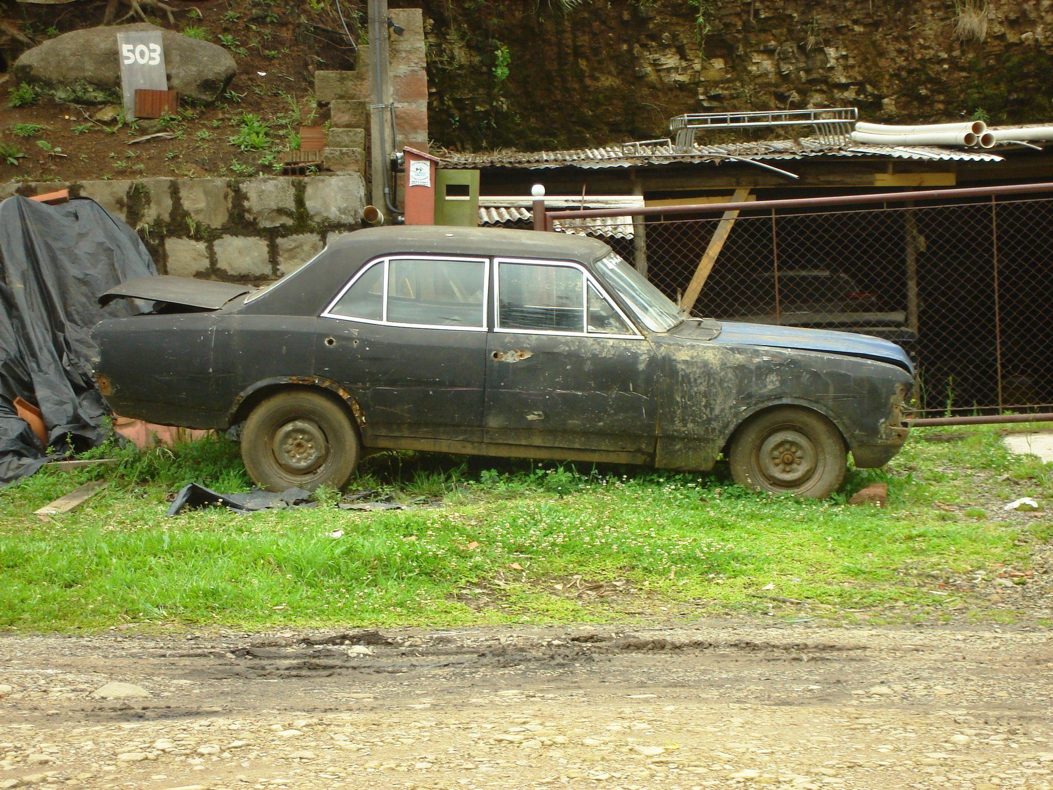 uGenaro-Opala-canela Chevrolet Opala