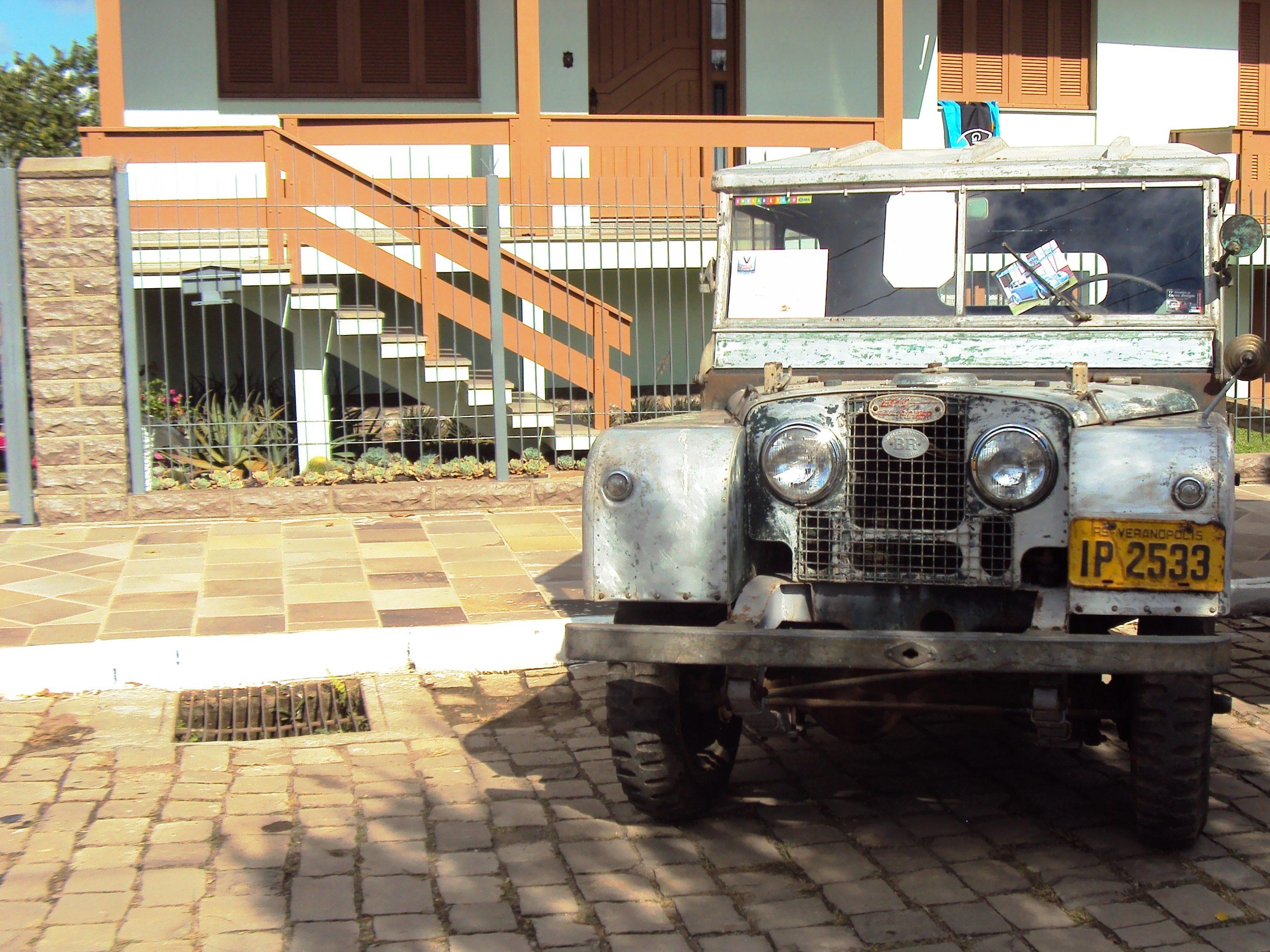 uCesar_LandRover1951_Farroupilha-II Land Rover (1951)
