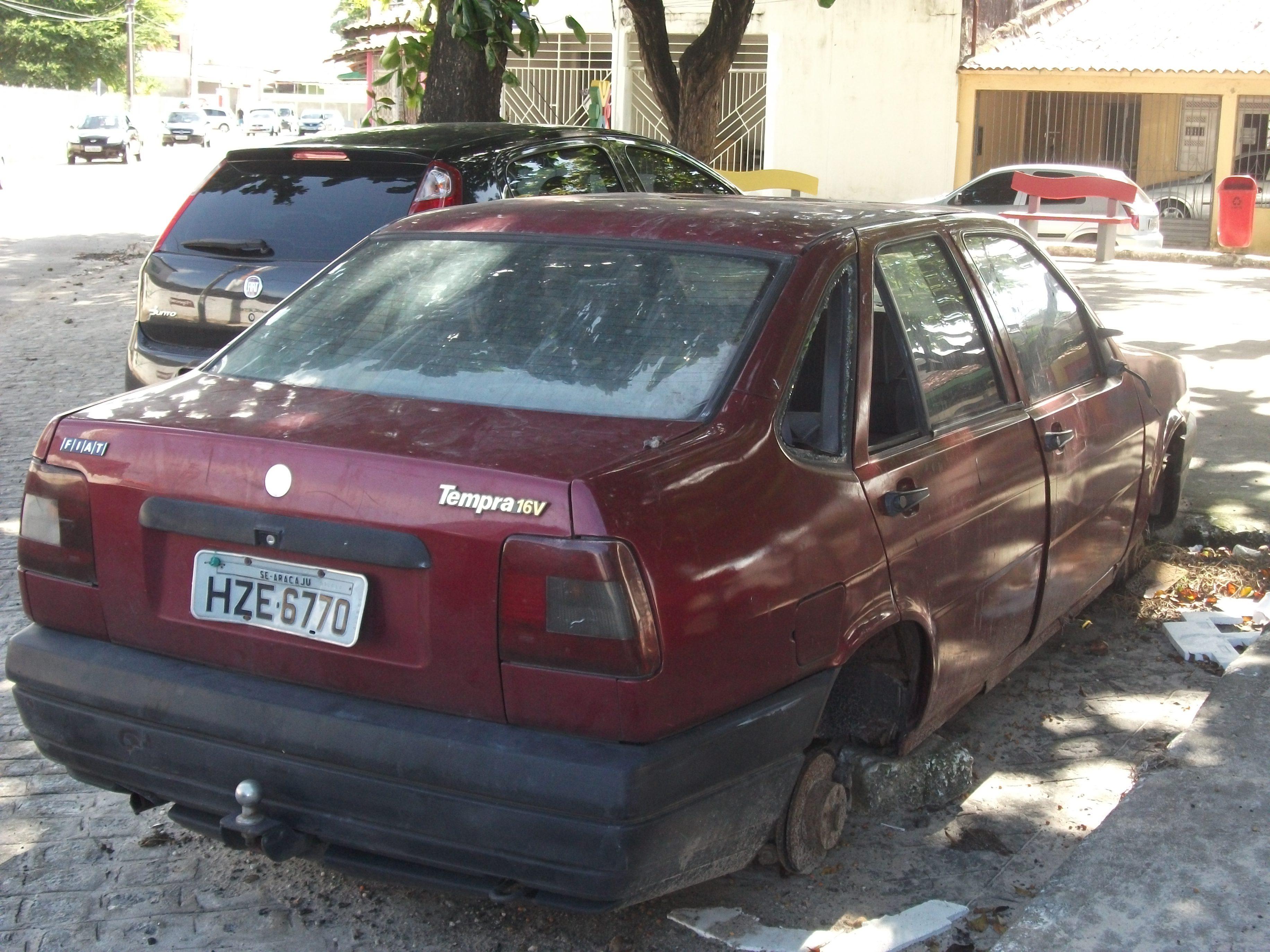 uAndré-Cortes-Bairro-Castelo-Branco-em-Aracaju-SE Fiat Tempra
