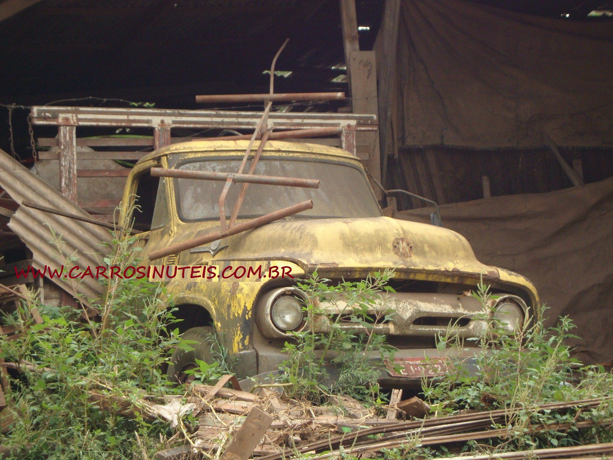 MKT-fordF600-Gravatai Ford F600