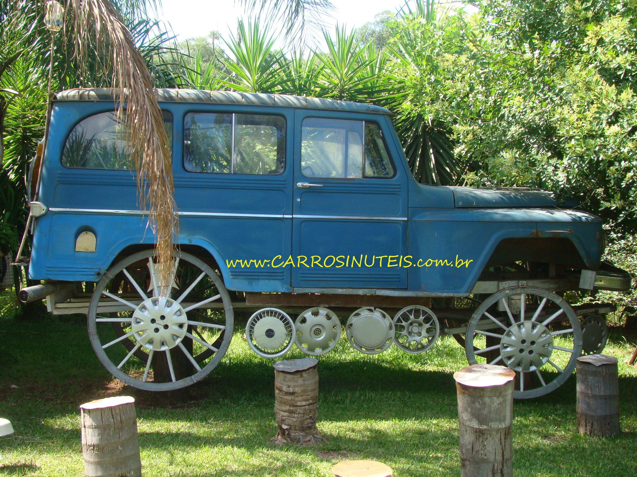 AdrianoPinheiro-Rural-Chapada-RS-adrio Rural Willys, Chapada, RS. Foto de Adrio.