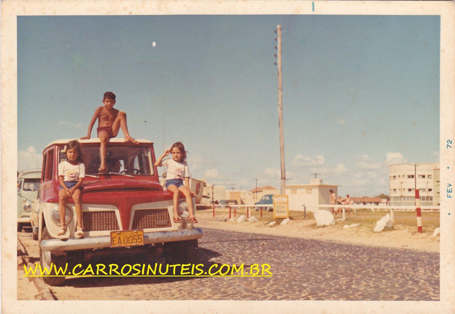 IMG_0012 Rural Willys, em 1972, em Tramandaí, RS, colaboração de Elisete Dutra