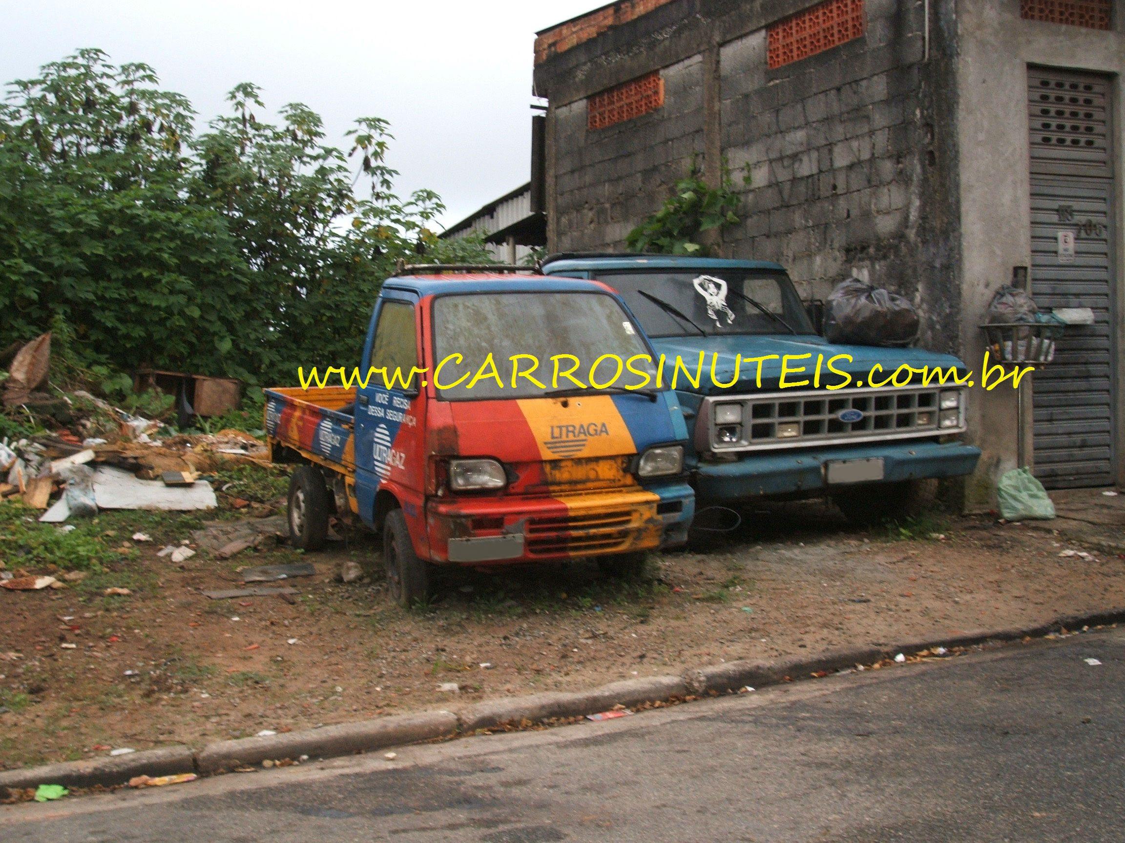danilo_towner-e-f1000_diadema Asia Towner e Ford F-1000, Diadema, SP. Foto de Danilo.