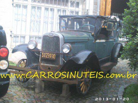 MonicaCamparosa-Chevrolet-1927-en-Haedo-Buenos-Aires-Argentina-450x337 Chevrolet 1927 em Haedo, Buenos Aires, Argentina. Foto de Monica Camparosa.
