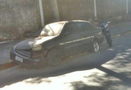 21442068_2386381291587281_1791814680_n-450x310 Renault Clio Sedan 16v - Nikolas Oliveira